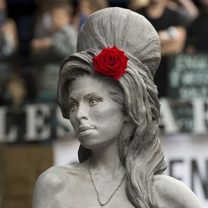 Amy Winehouse memorial statue